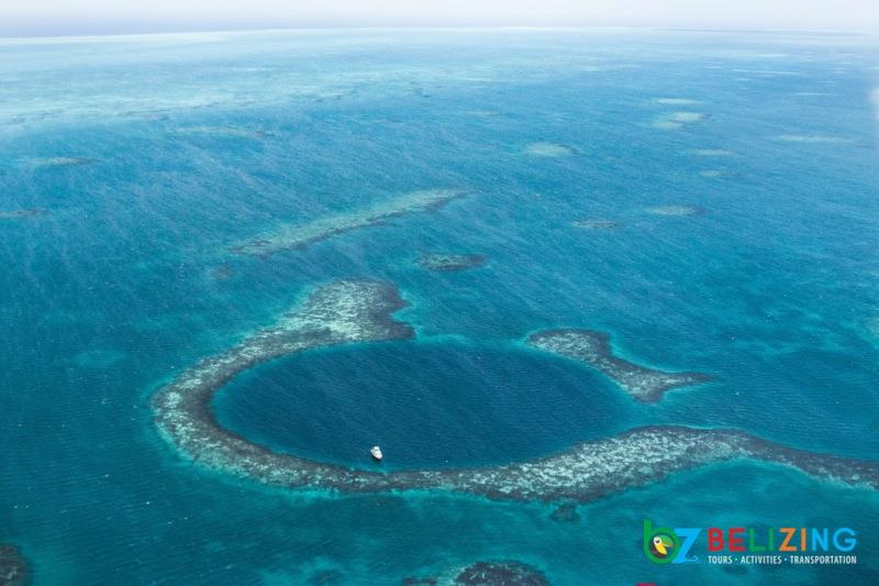 Travel Belizen for Summer - The Great Blue Hole
