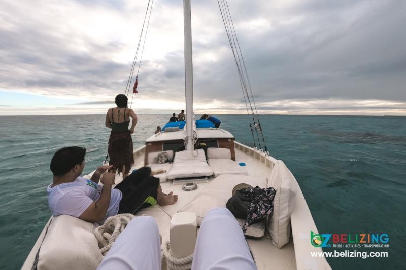 Caye Caulker Travel Guide - Sunset Cruise