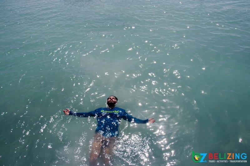 Caye Caulker Travel Guide - Swimming