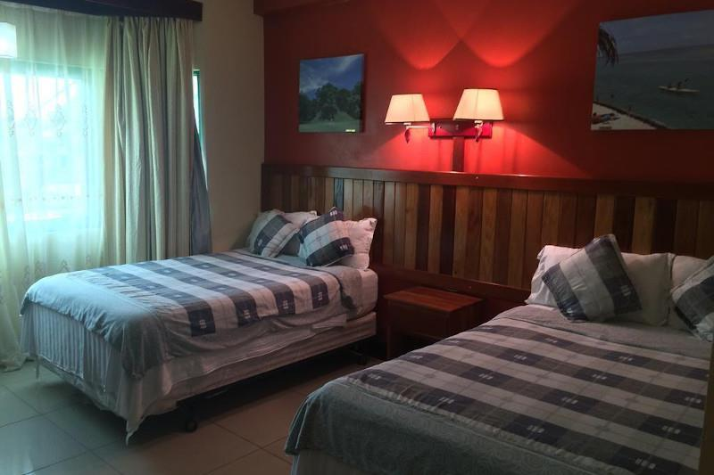 Where to stay in Caye Caulker - Caye Caulker Plaza Hotel