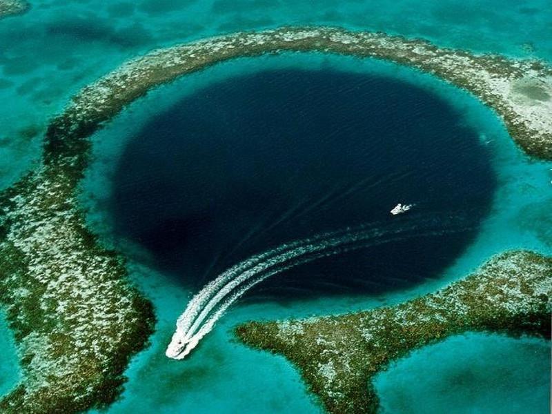 A Weekend in Belize - Snorkel
